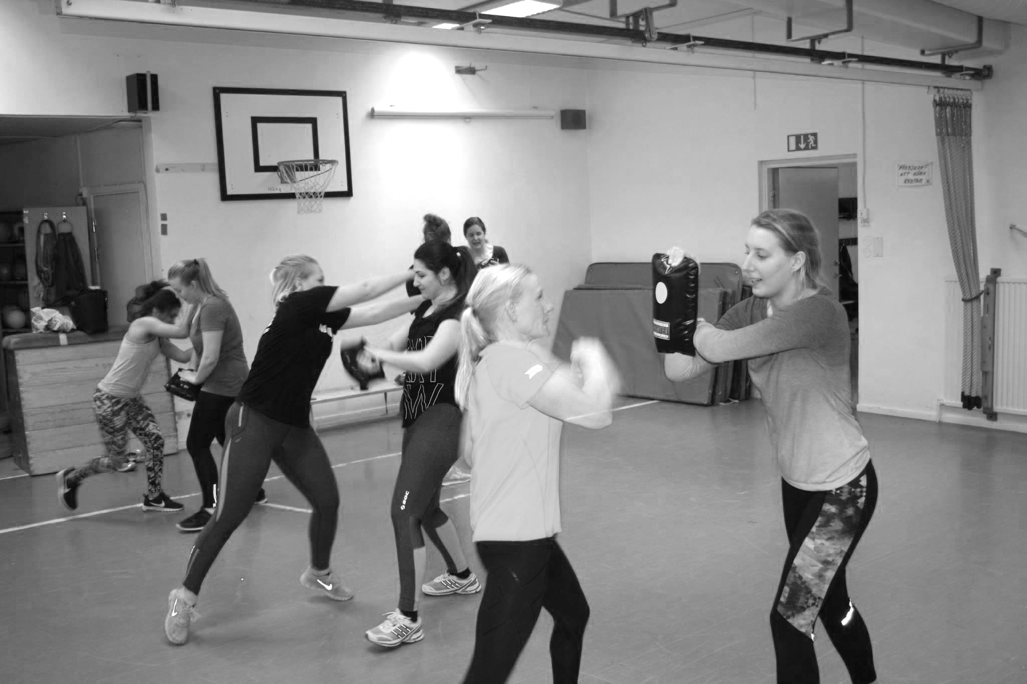 Intensivkurs självförsvar tjejer Stockholm Uppsala